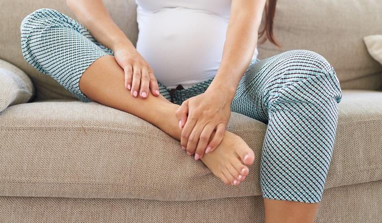 Судороги ног при беременности – что делать и как от них избавиться?