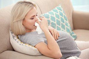 Причины насморка при беременности